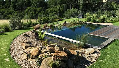Reference Zahradní Jezírka Small Lake